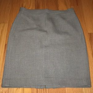 Woman's Gray skirt